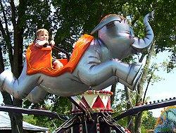 Jumping Jumbos | Beech Bend Amusement Park - Bowling Green, KY