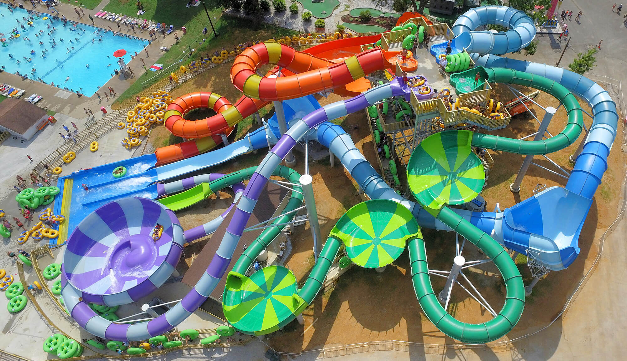 Splash Lagoon Slides | Beech Bend Amusement Park - Bowling Green, KY