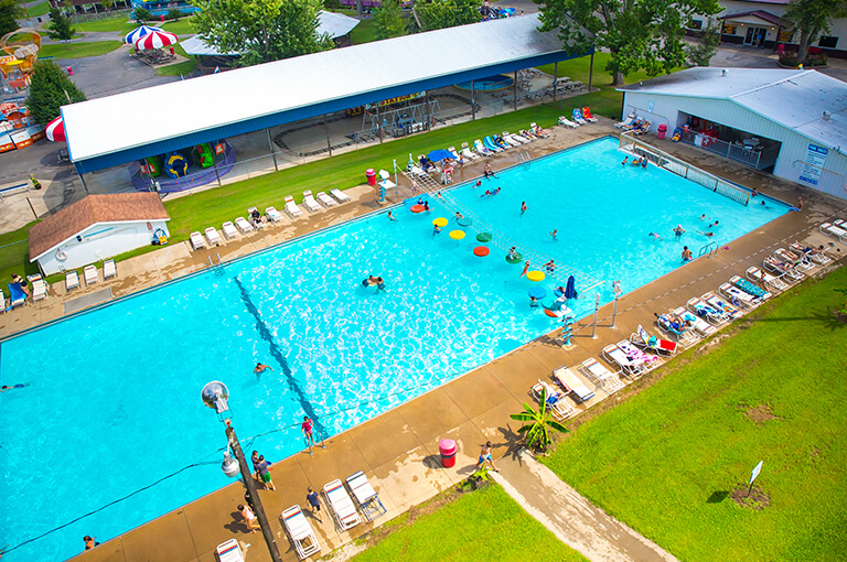 Splash Lagoon Pool | Beech Bend Amusement Park - Bowling Green, KY